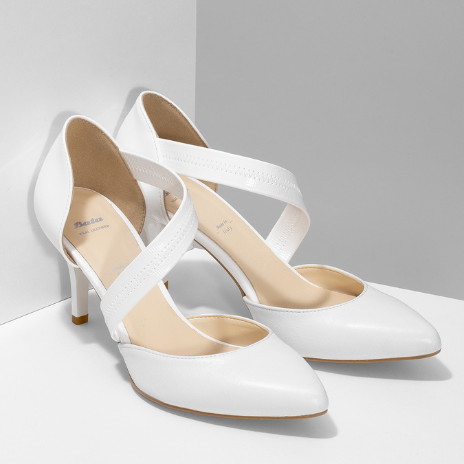 Pointed white pumps with an instep strap, white , 724-1904 - 26