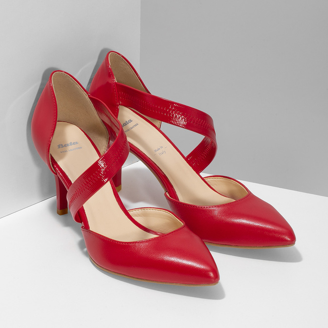 Leather pumps with T-strap, red , 724-5904 - 26